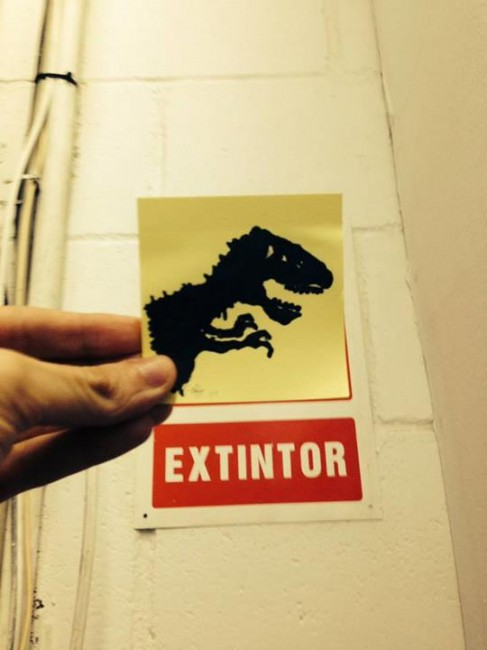 Jurassic Park photobomb