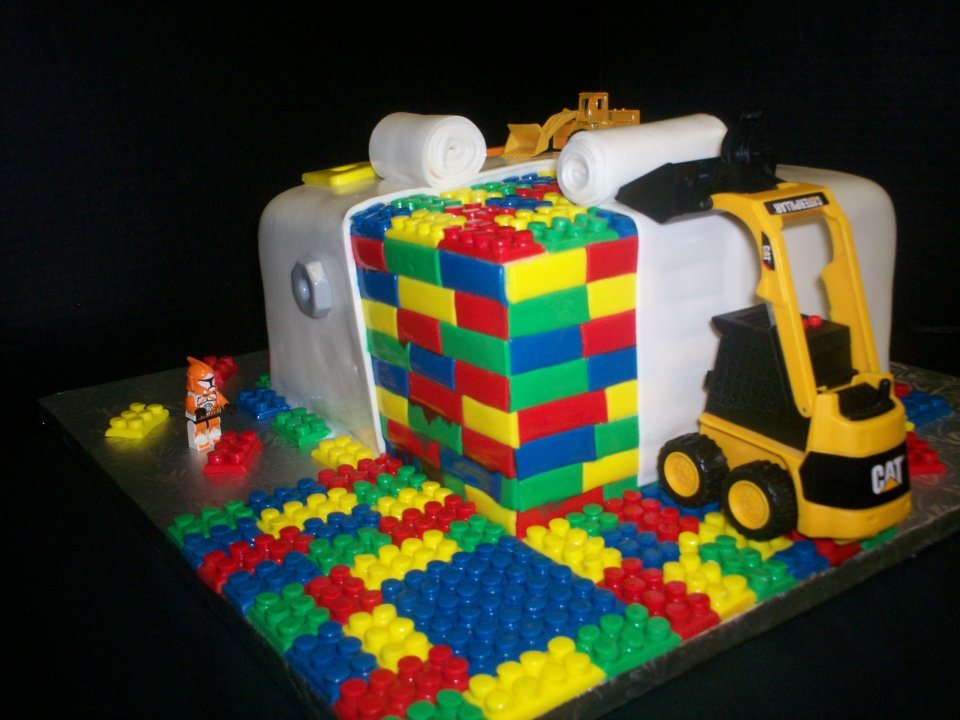 Lego Design Birthday Cake : 10 Amazing Cake Designs The Latest Print and Design News ...