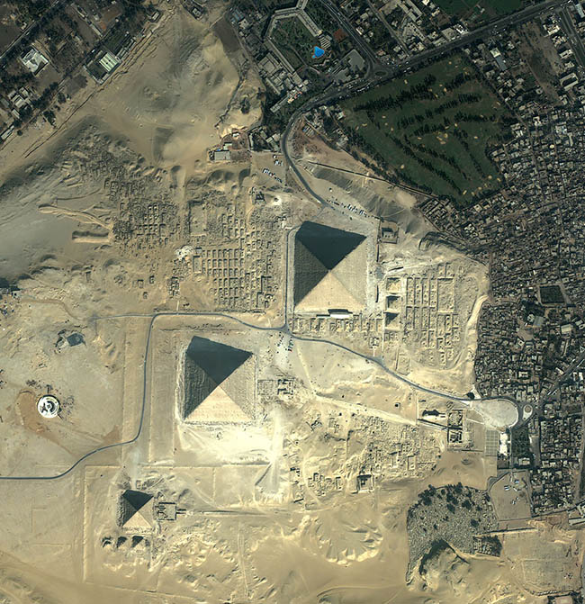 Satellite image of Egyptian Giza pyramids