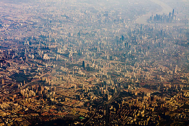 Very brown and vast photograph of Shanghai from up high