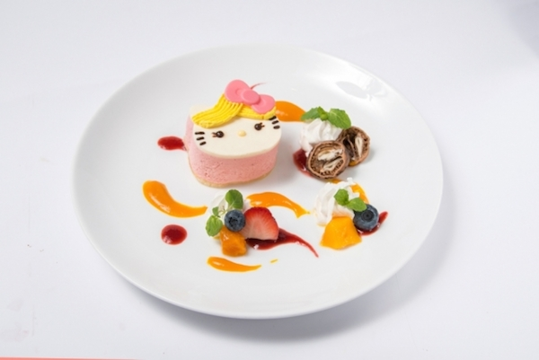 gourmet Hello Kitty cafe plate