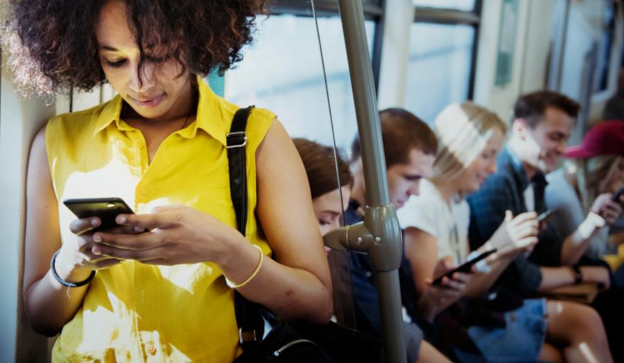 Người dùng điện thoại di động